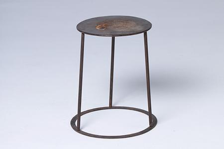 round iron small table